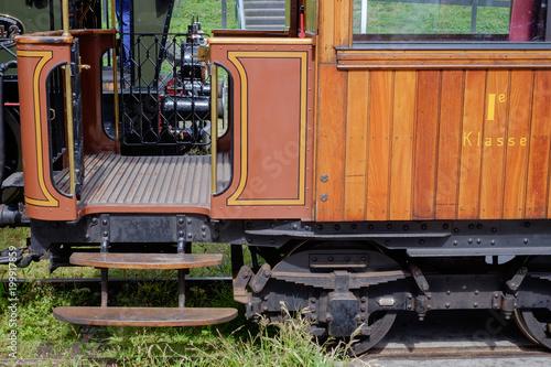 Fotografie, Obraz  Einstieg in einen Wagon einer  Nostalgiebahn