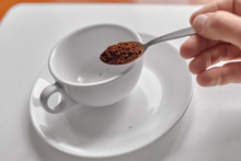Hand Pouring Instant Coffee Fr...