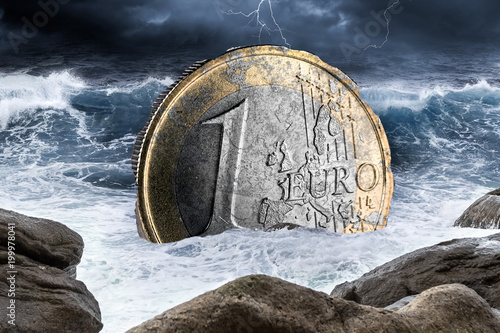 Photo  euro european currency crisis one coin inflation finance market crash concept si