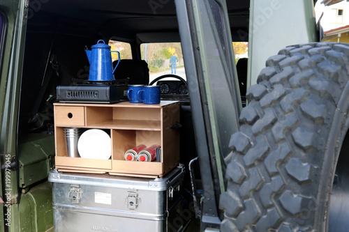 Outdoor Küche Kaufen : Outdoor küche im geländewagen u kaufen sie dieses foto und finden
