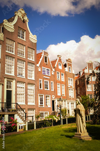 Photo Peace and Peace of Mind within a Beguine Convent of Amsterdam