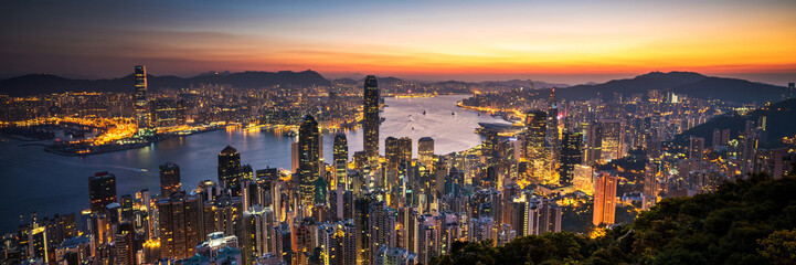 Panel SzklanyHong Kong sunrise panoramic view from The Peak view point.