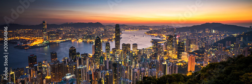 Poster de jardin Hong-Kong Hong Kong sunrise panoramic view from The Peak view point.