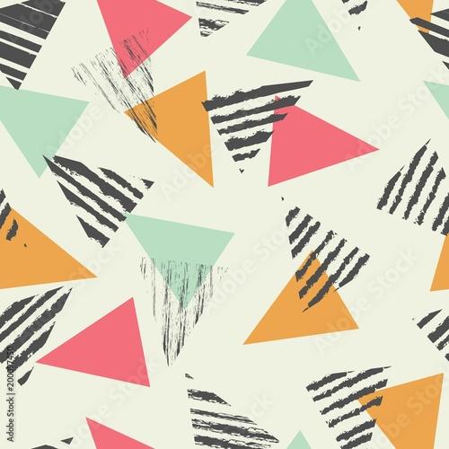 trojkat-geometryczny-wzor-z-miety-koloru-ilustracji-wektorowych