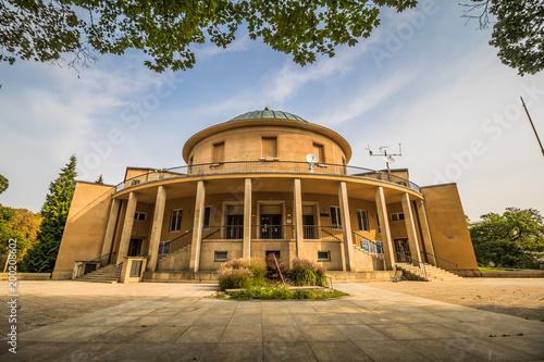 Das Planetarium in Königlichen Wildpark Stromovka in Prag, Tschechische Republik