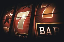 Vintage Slot Machine Game