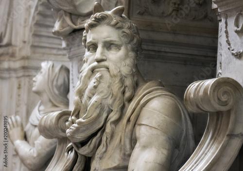 tomb of pope julius ii