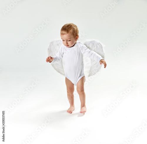 Papiers peints Artiste KB Portrait of a cute little baby angel