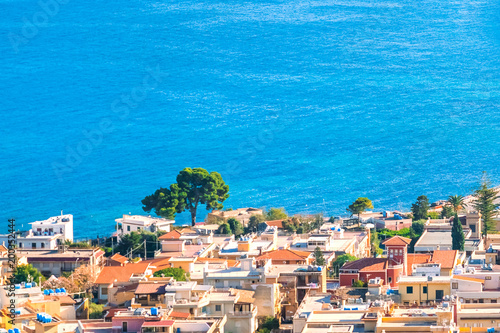 Photo The sea at Porticello near Bagheria, with houses at the coastline
