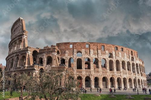 Overcast sky over the Coliseum in Rome, Italy. Fototapet