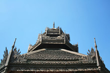 Wooden Roof At  Lok Molee Temple On Beautiful  Blue Sky In Chiang Mai, Thailand.Wat Lok Molee Is An Ancient Temple, Over Five Hundred Years Old.