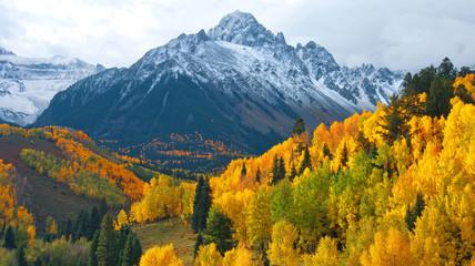 Panel Szklany Podświetlane Do biura Mount Sneffels In Autumn
