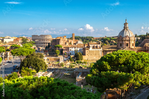 Montage in der Fensternische Rom Rome Skyline with Colosseum and Roman Forum, Italy