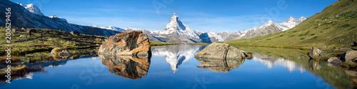 Fotografie, Obraz  Stellisee und Matterhorn Panorama in den Schweizer Alpen