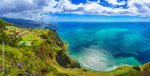 Foto auf Gartenposter Blau Jeans Aerial view from the highest Cabo Girao, Madeira island, Portugal