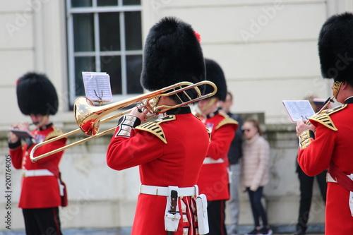Fotografía Guardsman playing a Trombone