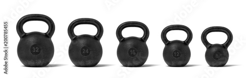 3d rendering of five black iron kettlebells in a single line with different weight stamps of 32, 24, 16, 12 and 8 kg Billede på lærred
