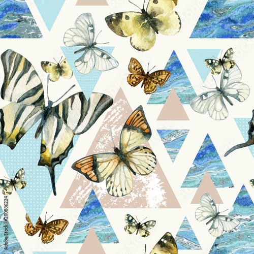 La pose en embrasure Papillons dans Grunge Watercolor triangles with butterfly and marble grunge textures