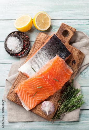 Foto op Aluminium Vis Raw salmon fish fillet