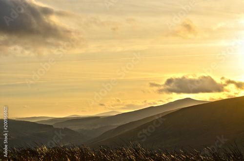 Cadres-photo bureau Desert de sable Mountains and sky