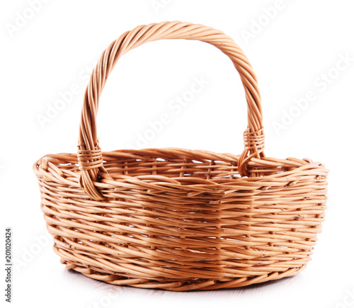 Fotografía  Empty wicker basket isolated on white