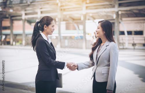 Fotografie, Obraz  Female entrepreneur Talk about jobs On the BTS station