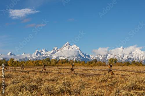 Foto op Canvas Blauwe jeans Scenic Autumn Landscape in the Tetons