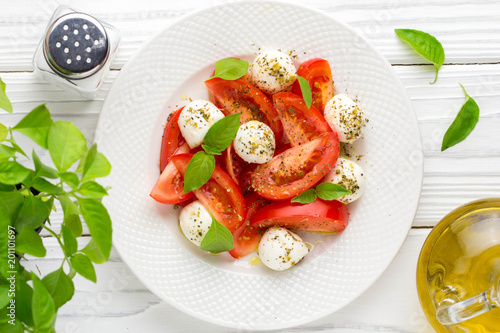Papiers peints Statue Italian fresh tomato Caprese salad, mozzarella and Basil