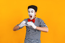 Mime Man Open Mouth And Eating...