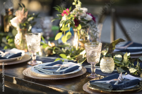 Vintage Table Setup For Outdoor Wedding Reception Acheter
