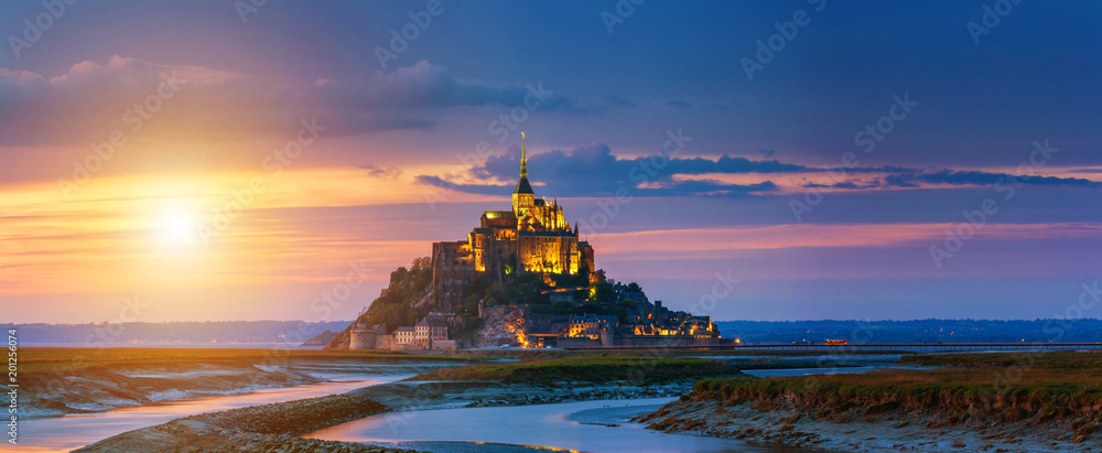 Fototapeta Mont Saint-Michel view in the sunset light. Normandy, northern France