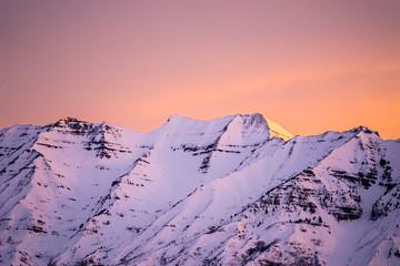 Fototapeta Wschód / zachód słońca Sunrise over Mt. Timpanogos