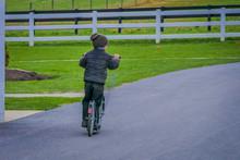 Unidentified Little Amish Boy ...
