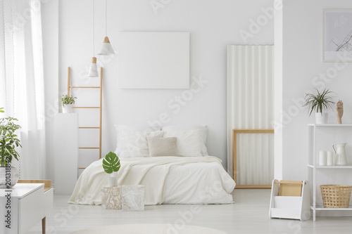 Poster Wintersporten Bedroom with large bed interior