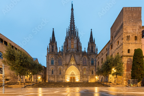 Türaufkleber Barcelona Panorama of Barcelona Cathedral of the Holy Cross and Saint Eulalia during morning blue hour, Barri Gothic Quarter in Barcelona, Catalonia, Spain.