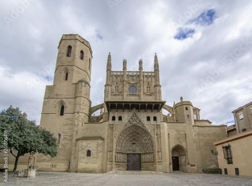La Catedral Santa de la Transfiguración del Señor, también conocida como la Catedral de Santa María Huesca, una iglesia gótica en Huesca, en Aragón, el noreste de España