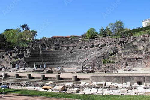 Tuinposter Rudnes Théâtre gallo-romain de Lyon