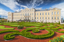Rundale Palace, Former Summer Residence Of Latvian Nobility With A Beautiful Gardens Around.