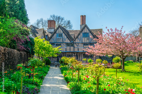Photo View of the Hall's Croft gardens in Stratford upon Avon, England