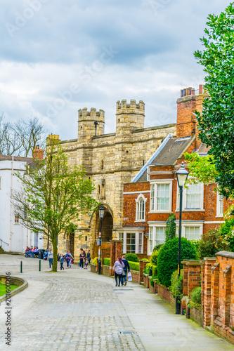 Fotografia  Exchequer gate in Lincoln, England