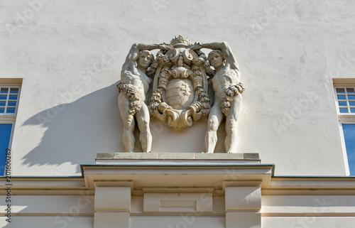 Fotografía  Wall sculpture in Banska Bystrica Old Town, Slovakia.