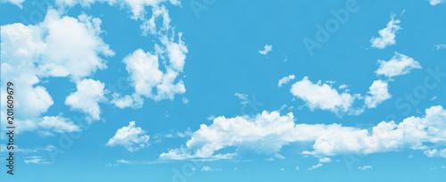 Fotografie, Obraz  遠景まで伸びる青空と白い雲