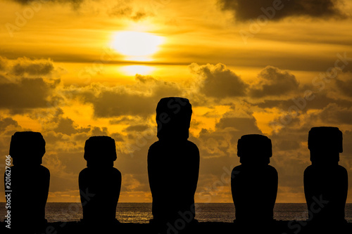 Photo Moai on ahu
