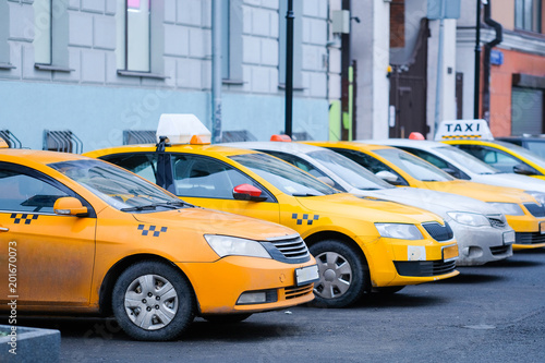Foto op Canvas New York TAXI Moscow, Russia - April, 2, 2018: cars on a parking in Mosocw