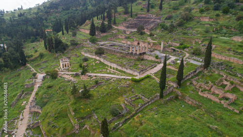Tuinposter Wijngaard Aerial view of archaeological site of ancient Delphi, site of temple of Apollo and the Oracle, Greece