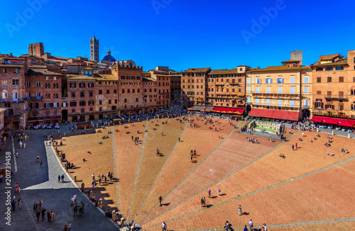 Fényképezés Aerial view of Siena, Campo Square (Piazza del Campo) in Siena, Tuscany, Italy