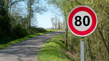 Limit Speed At 80 Km/h On The French  Roads