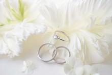 結婚指輪と婚約指輪と...