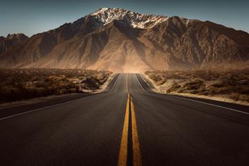 Droga prowadzi w góry