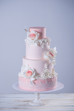 Beautiful Elegant Four Tiered ...
